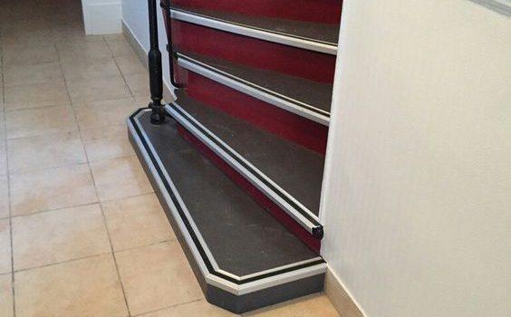 Rénovation d'un escalier dans un immeuble sur Paris