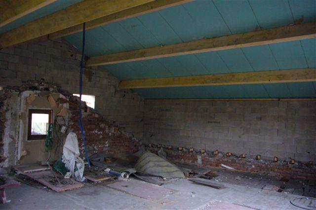 travaux-rehaussement-pavillon-interieur-19-doublage-peinture-avant-texas-batiment-min