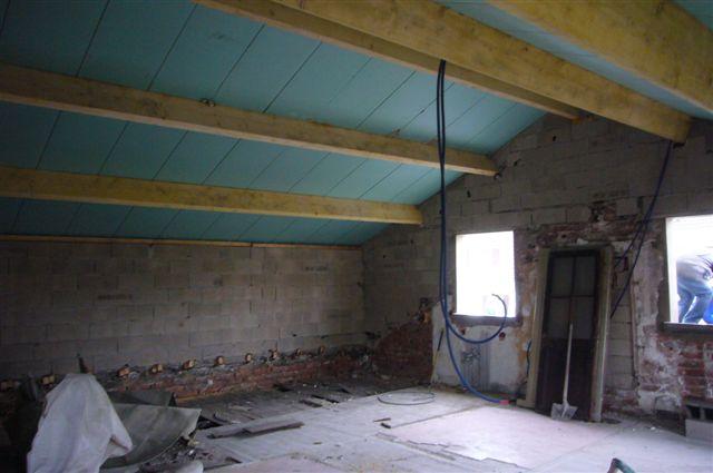 travaux-rehaussement-pavillon-interieur-20-doublage-peinture-avant-texas-batiment-min