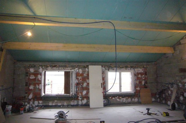travaux-rehaussement-pavillon-interieur-21-doublage-peinture-avant-texas-batiment-min