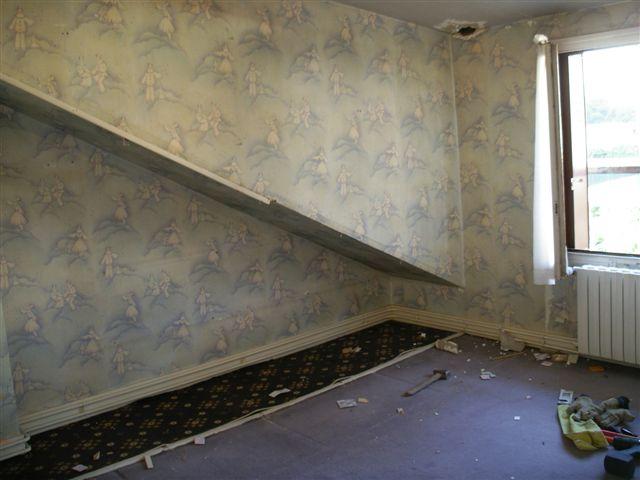 travaux-rehaussement-pavillon-interieur-3.5-doublage-peinture-avant-texas-batiment-min