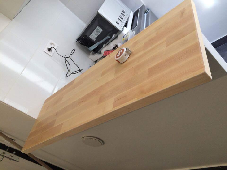 Travaux-de-renovation-14-betonnage-menuiserie-plomberie-electricite-carrelage-d'un-studio-cuisine-salon-et-salle-de-bain-wc-realise-par-entreprise-texas-batiment-qualifie-rge