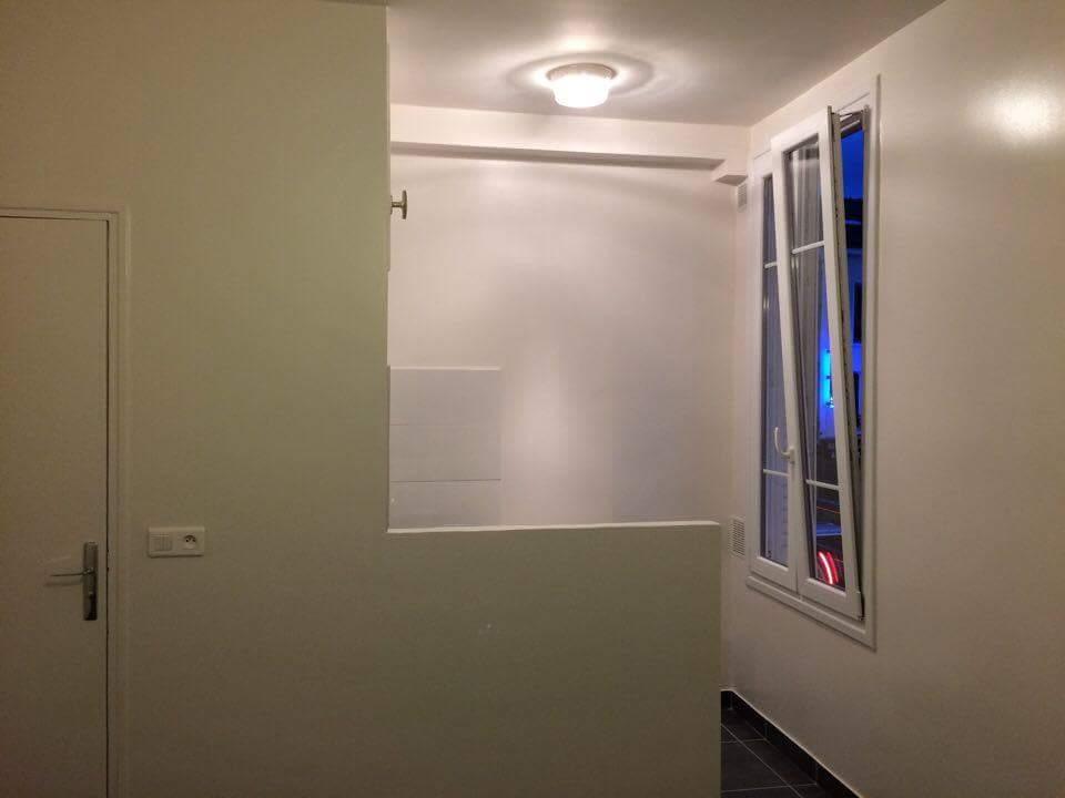 Travaux-de-renovation-9-betonnage-menuiserie-plomberie-electricite-carrelage-d'un-studio-cuisine-salon-et-salle-de-bain-wc-realise-par-entreprise-texas-batiment-qualifie-rge