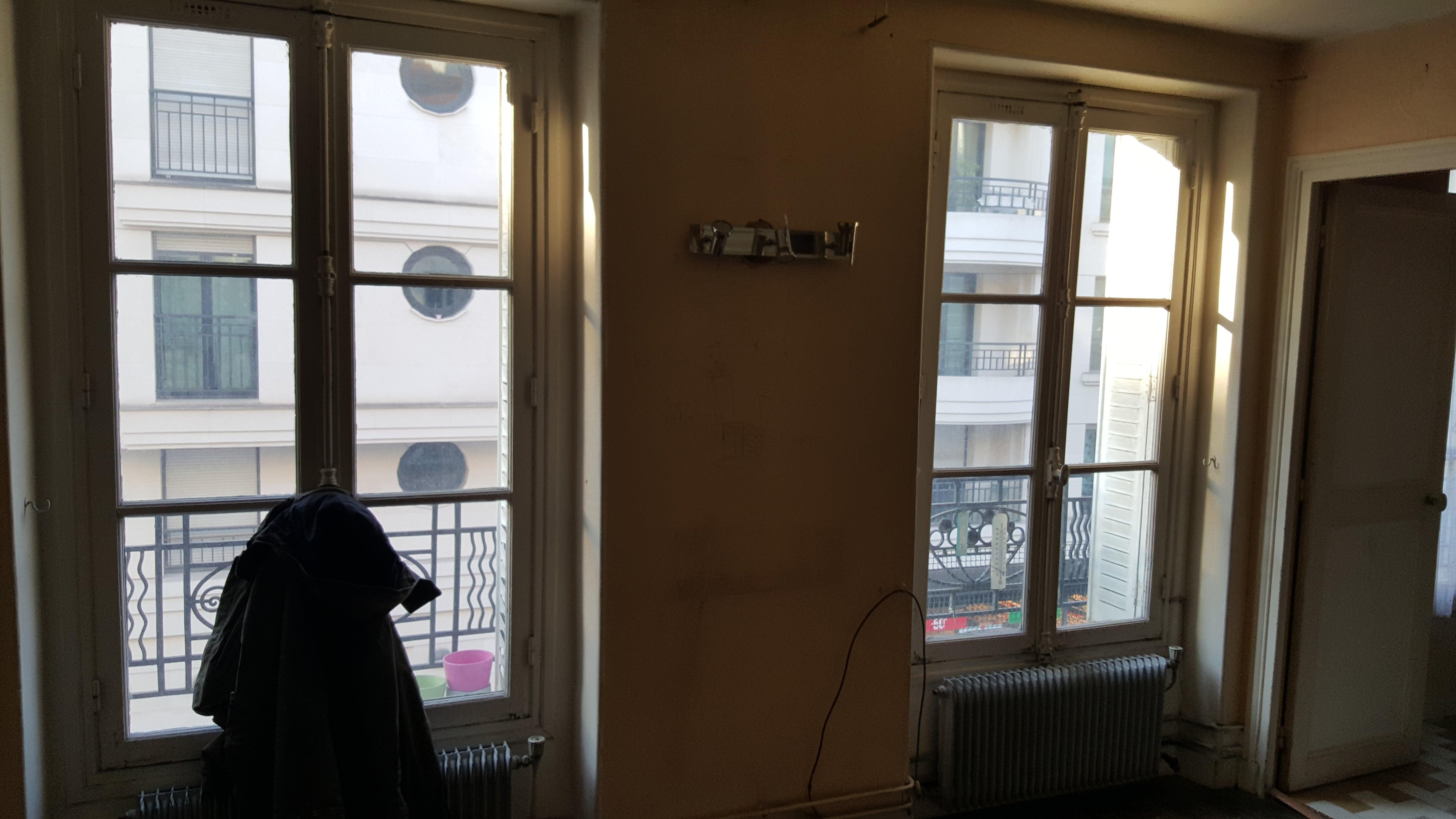 Travaux-de-renovation-a-Asnieres-d'un-studio-0 (1)-pose-de-carrelage-toile-de-verre-peinture-plomberie-electricite-menuiserie-texas-batiment-rge-min