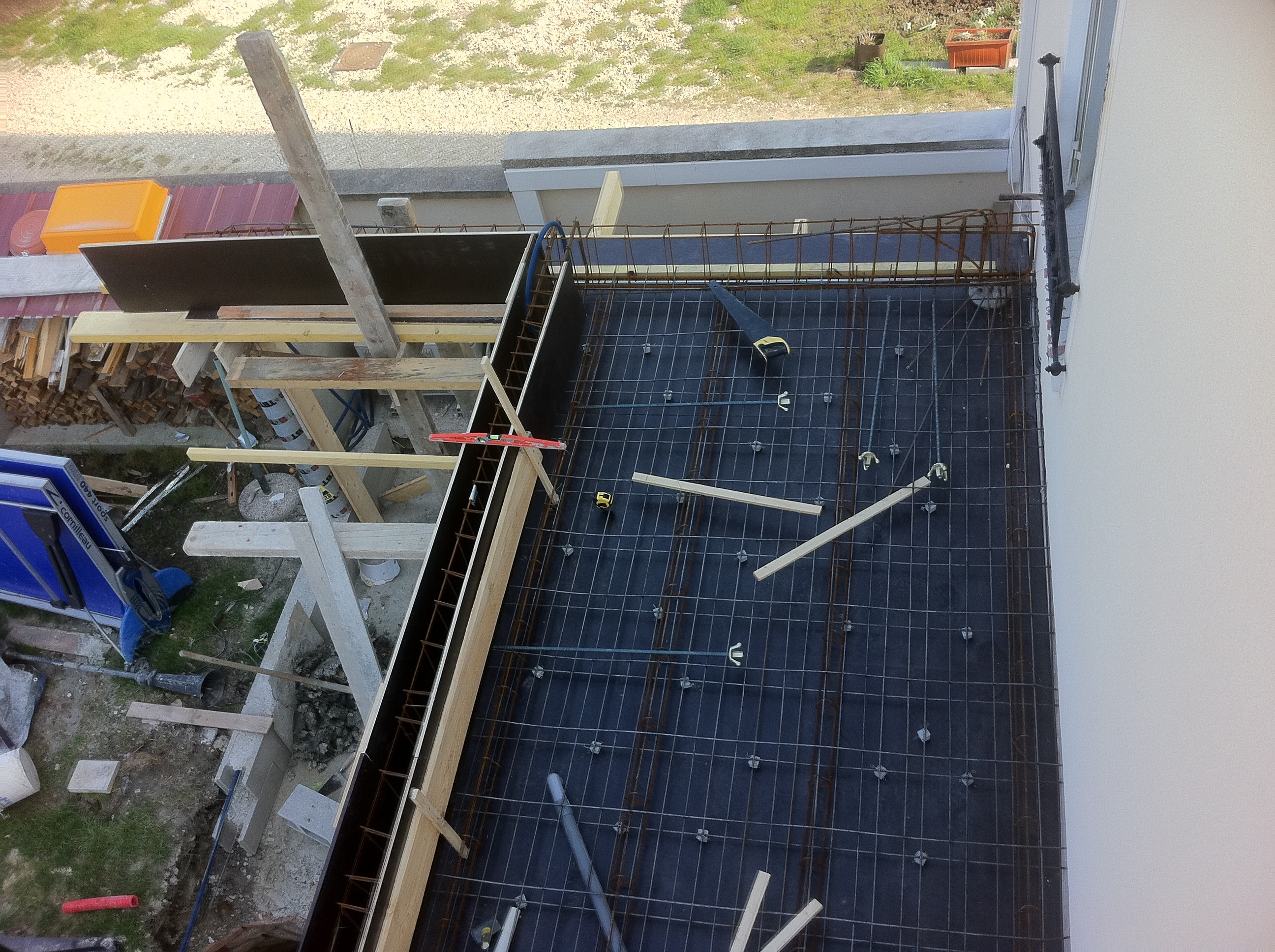 travaux-creation-terrasse-2-agrandissement-balcon-pendant-texas-batiment-min