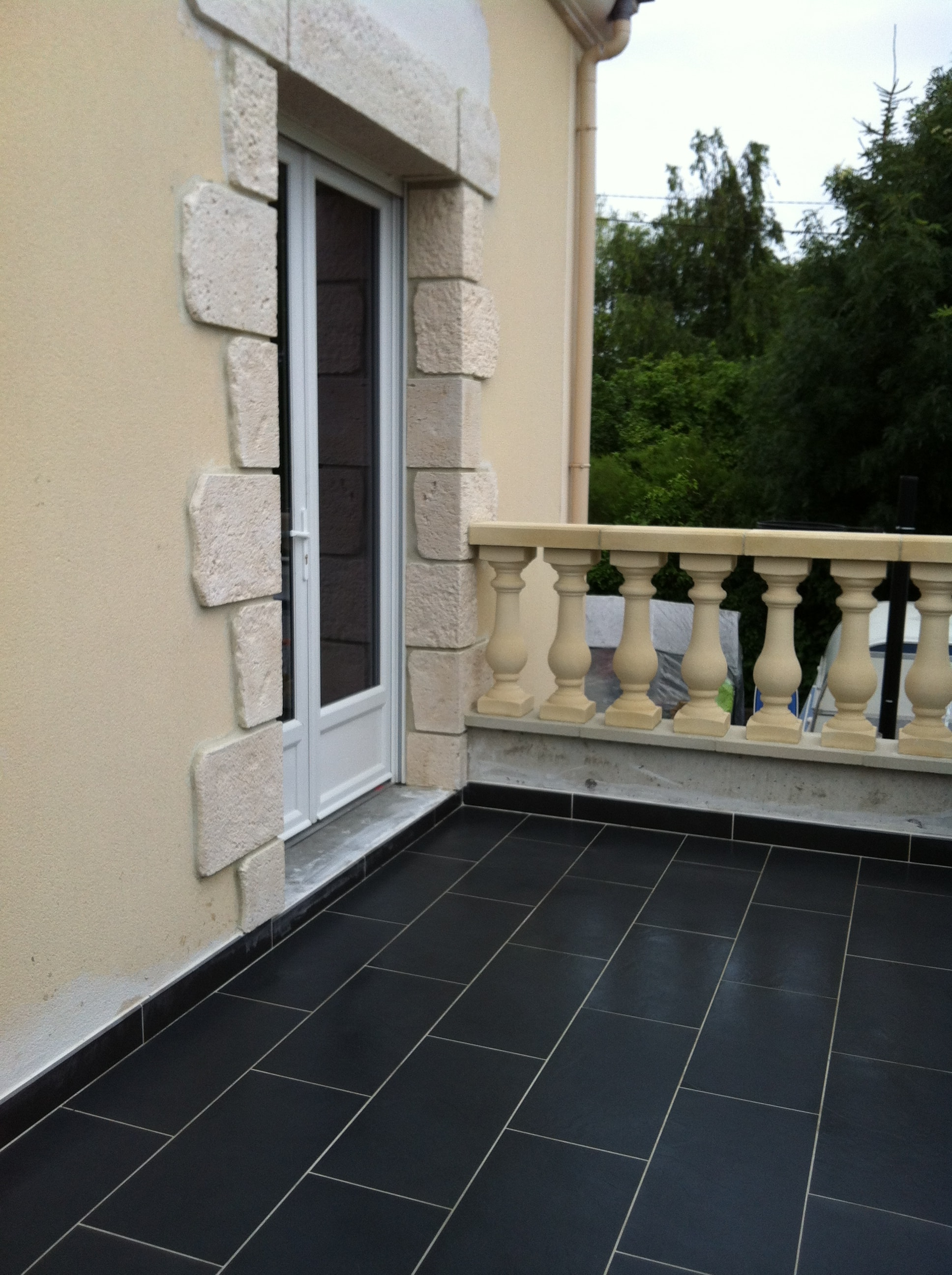 travaux-creation-terrasse-8-agrandissement-balcon-fin-texas-batiment-min