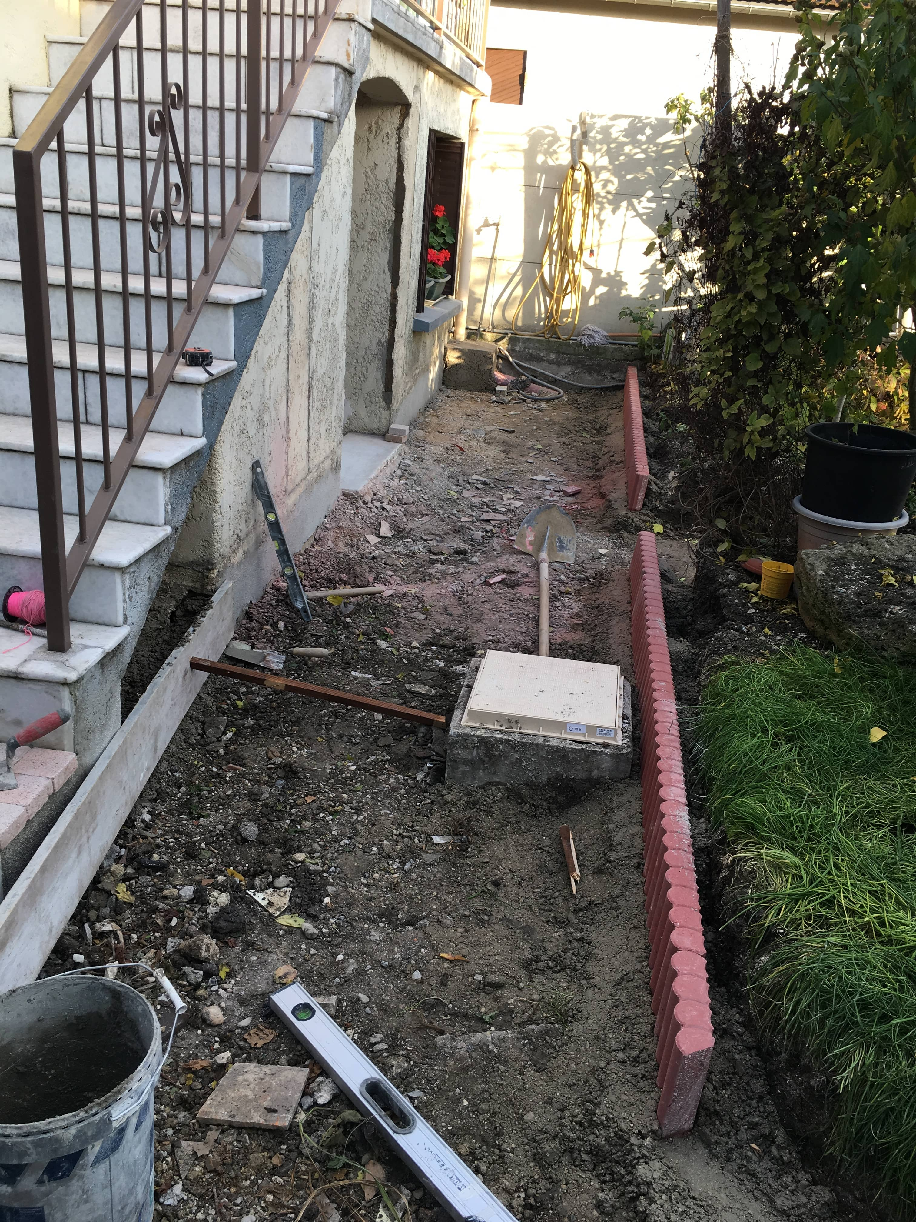 travaux-de-renovation-beton-decoratif-lave-desactive-graviers-galets-demolition-amenagement-exterieur-1.4-maghawry-texas-batiment-rge-min