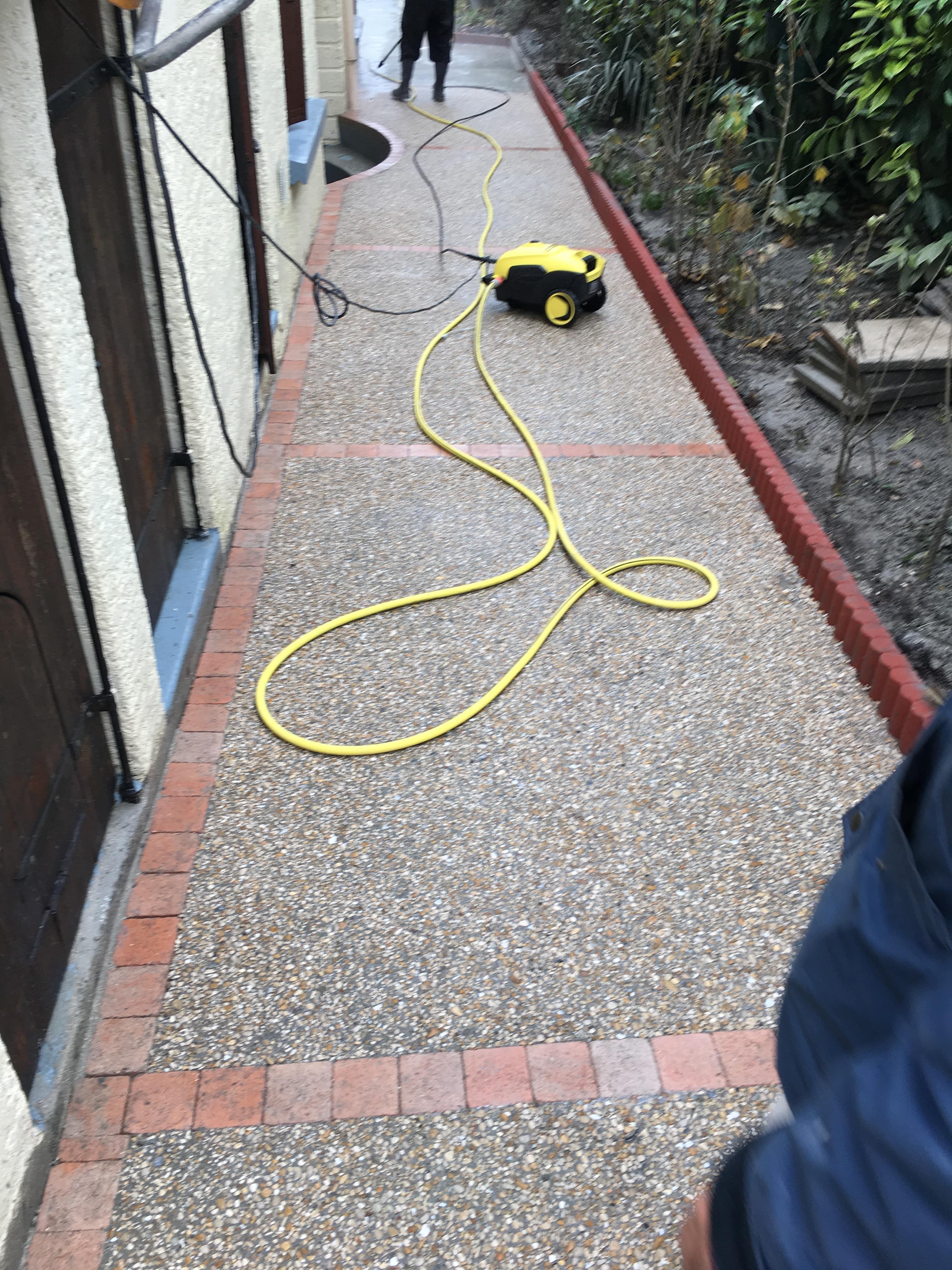 travaux-de-renovation-beton-decoratif-lave-desactive-graviers-galets-demolition-amenagement-exterieur-6-maghawry-texas-batiment-rge-min