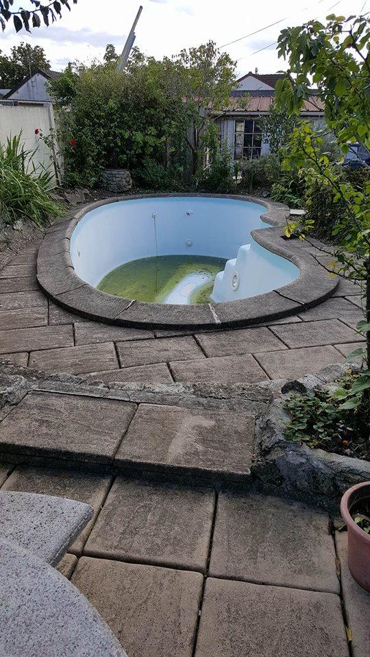 travaux-de-renovation-beton-decoratif-lave-desactive-graviers-galets-demolition-amenagement-exterieur-piscine-1-maghawry-texas-batiment-rge-min