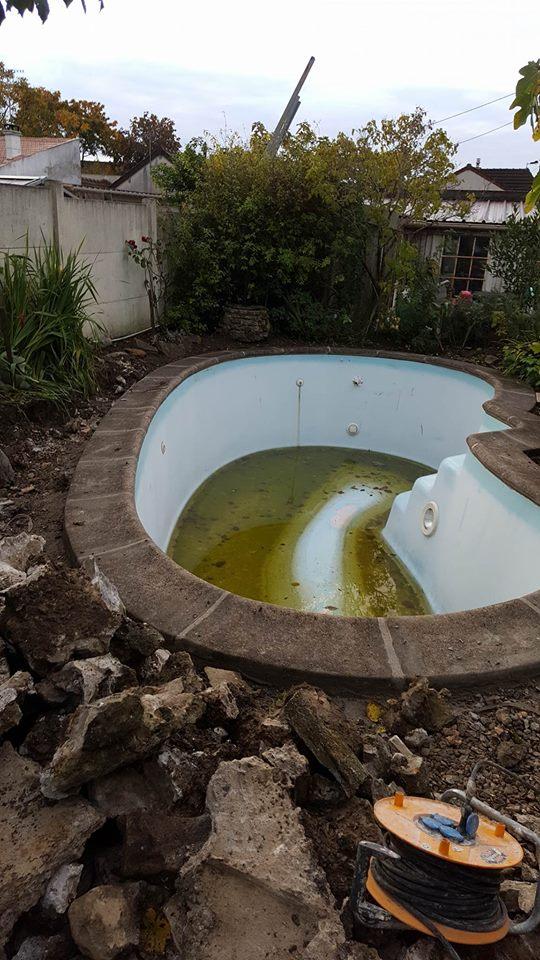 travaux-de-renovation-beton-decoratif-lave-desactive-graviers-galets-demolition-amenagement-exterieur-piscine-2-maghawry-texas-batiment-rge-min