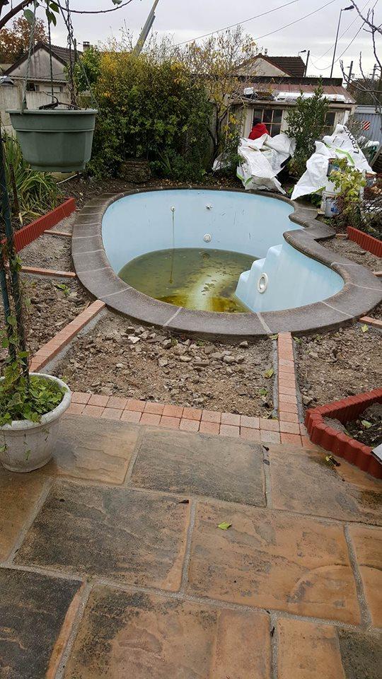 travaux-de-renovation-beton-decoratif-lave-desactive-graviers-galets-demolition-amenagement-exterieur-piscine-3-maghawry-texas-batiment-rge-min