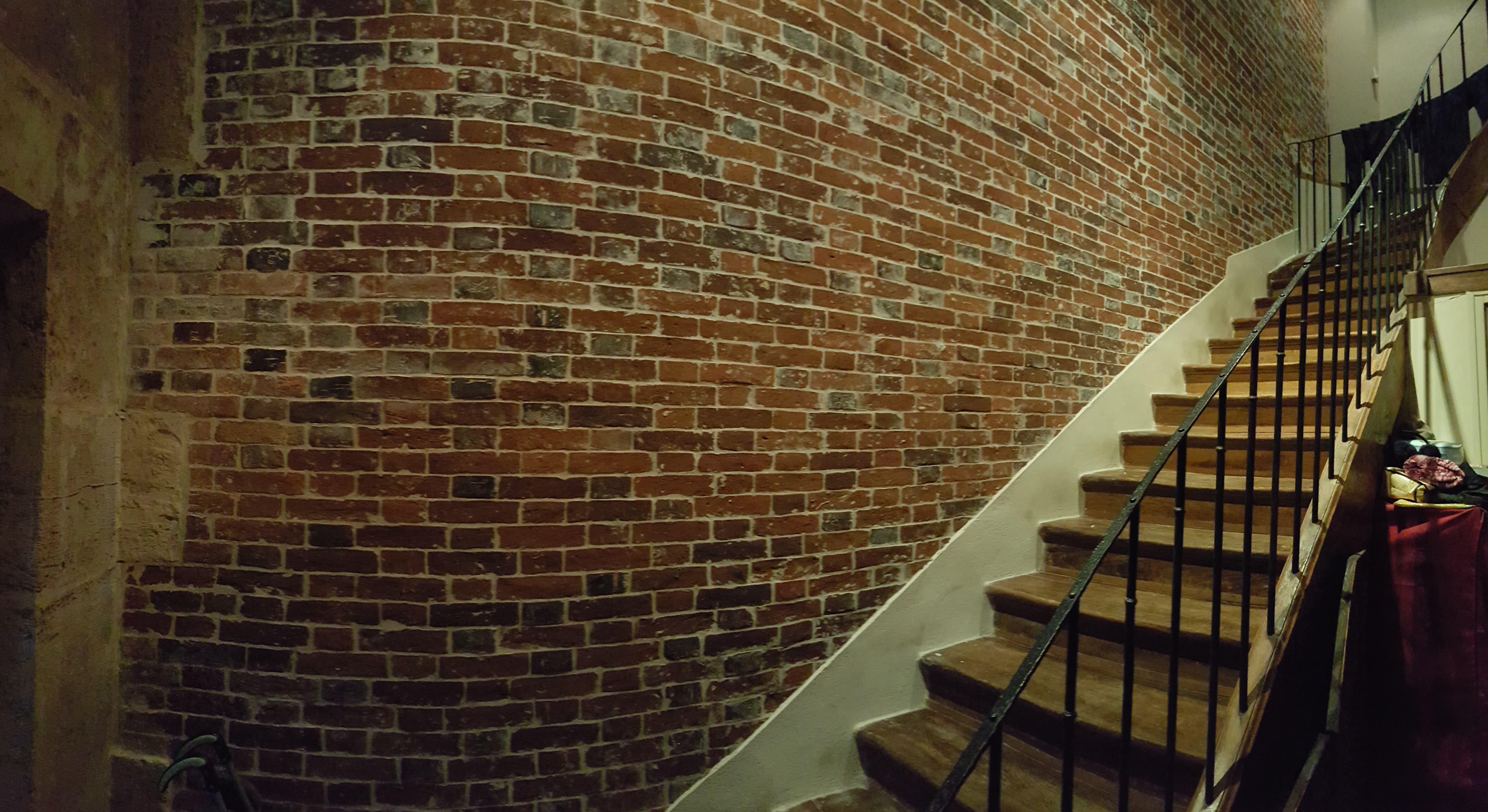travaux-de-renovation-mur-de-brique-11-nettoyage-detachage-et-retapage-des-joints-societe-texas-batiment-min