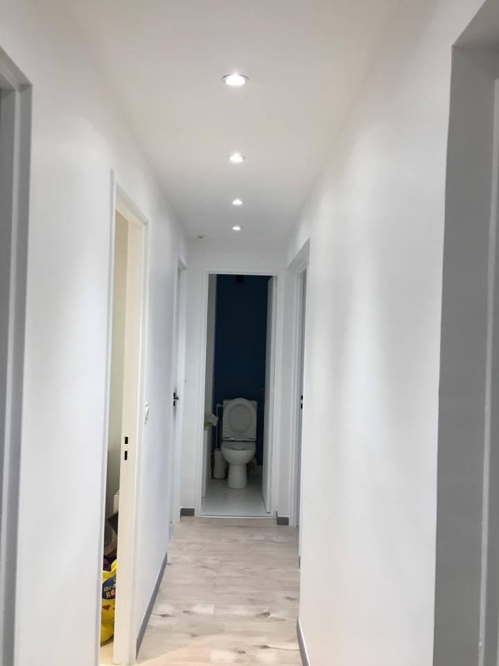travaux-de-renovation-peinture-bande-enduit-menuiserie-platrerie-villiers-sur-marne-couloir-chambre-cuisine-wc-sdb-3-maghawry-texas-batiment-rge-min
