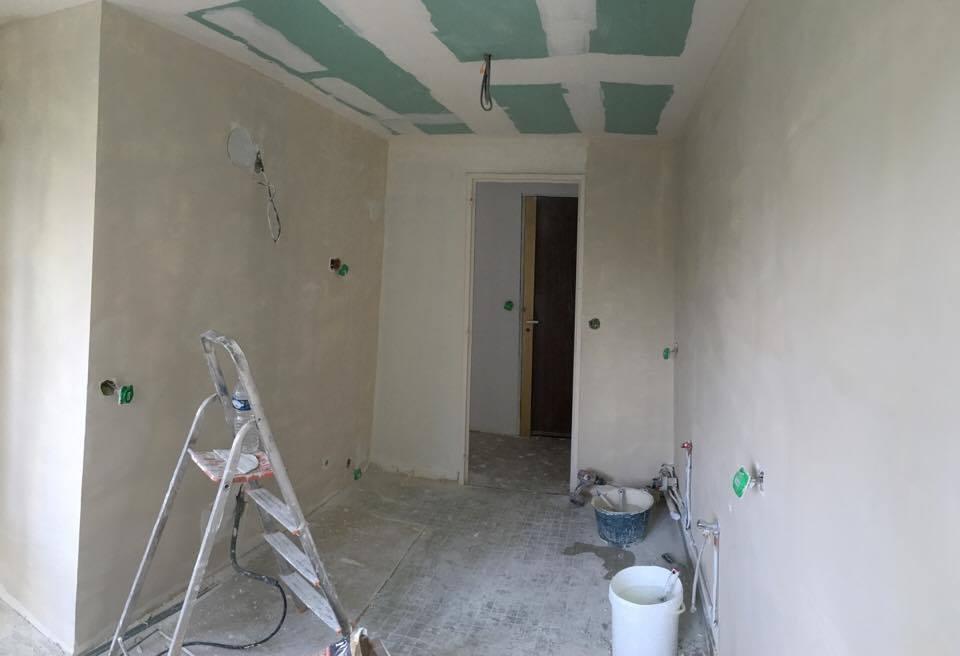 travaux-de-renovation-peinture-menuiserie-platrerie-amenagement-decoration-villiers-sur-marne-pose-de-cuisine-1-maghawry-texas-batiment-rge-min
