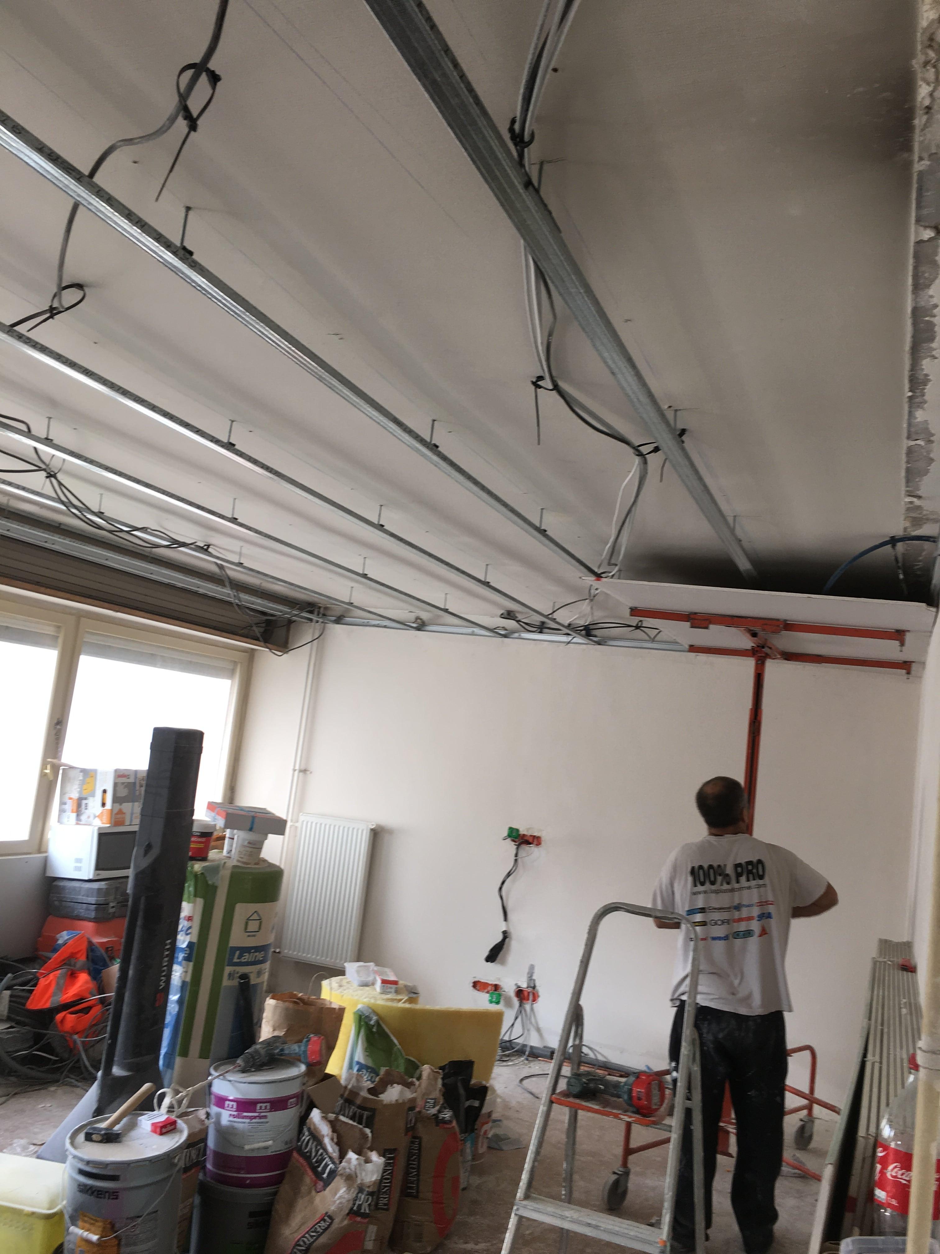 travaux-de-renovation-peinture-menuiserie-platrerie-villiers-sur-marne-salon-2-maghawry-texas-batiment-rge-min