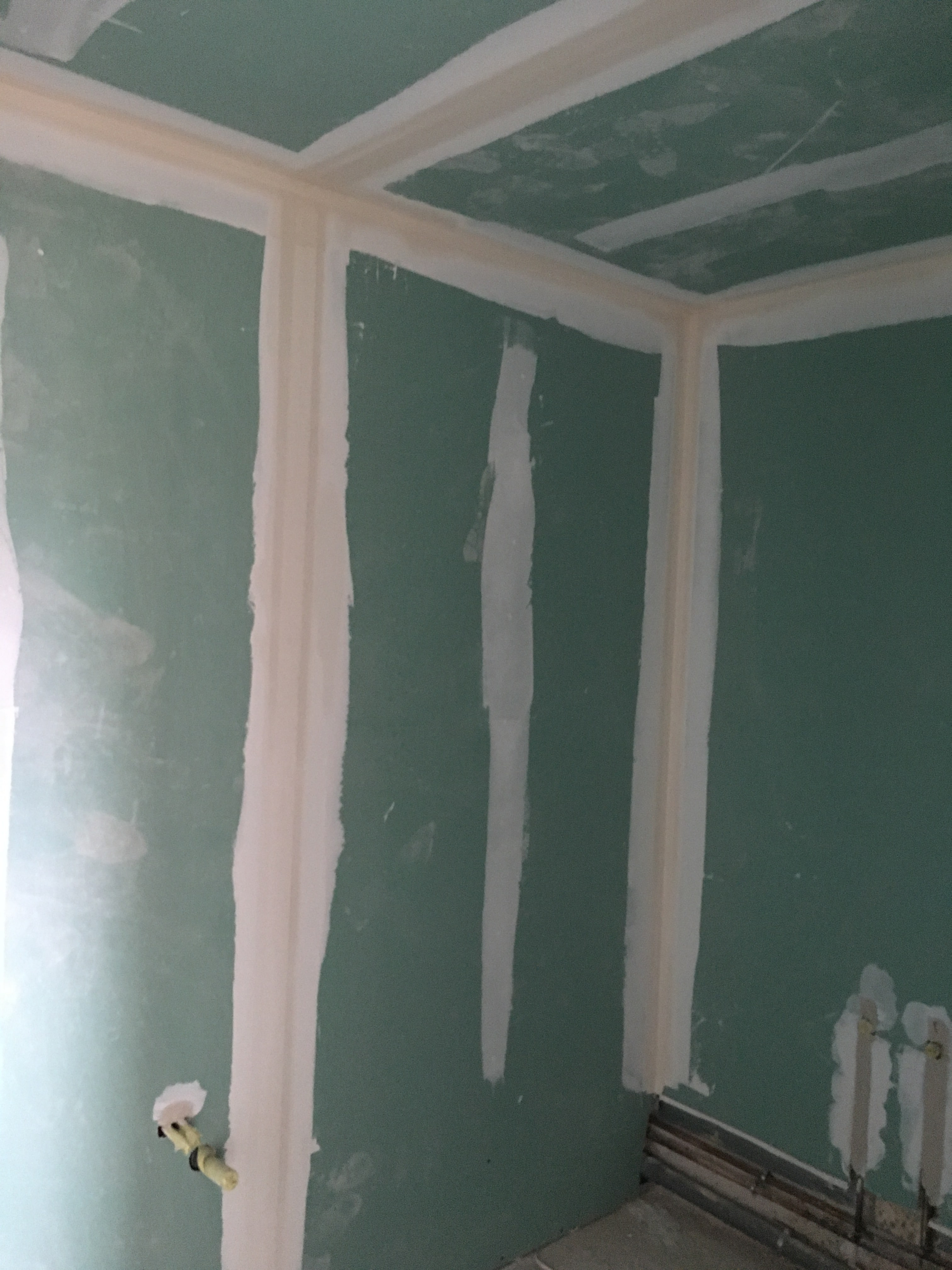 travaux-de-renovation-peinture-plomberie-menuiserie-platrerie-villiers-sur-marne-salle-de-bain-vasque-baignoire-douche-suite-parentale-0-maghawry-texas-batiment-rge-min