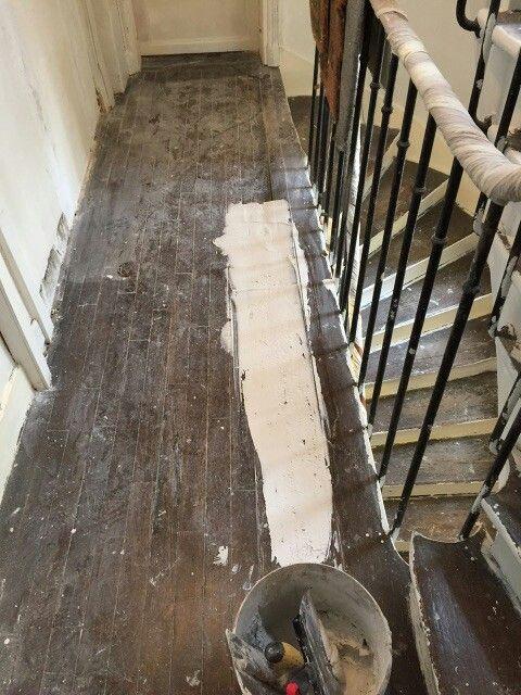travaux-renovation-1-escalier-bois-peinture-immeuble-texas-batiment-min