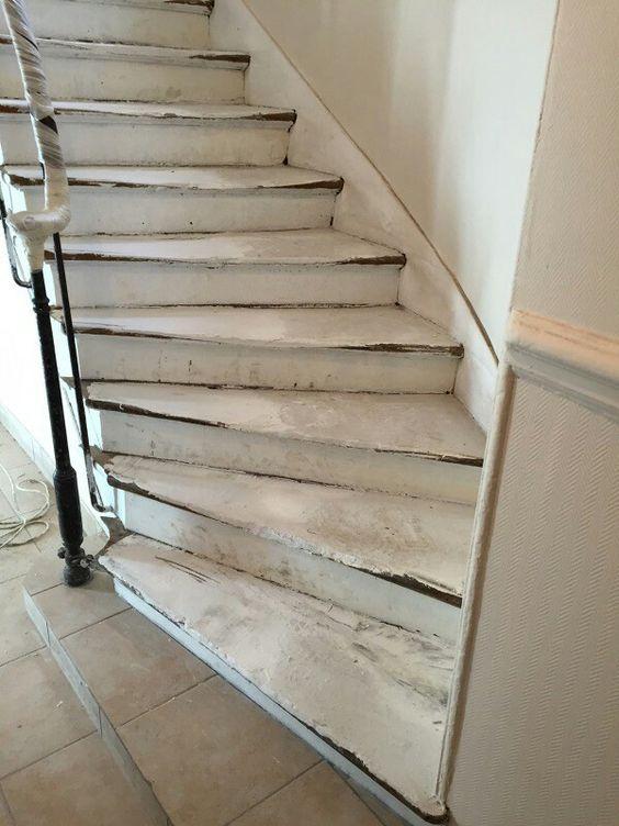 travaux-renovation-10-escalier-bois-peinture-immeuble-texas-batiment-min