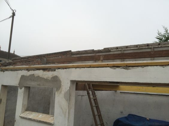 travaux-renovation-10-un-garage-en-studio-couverture-ravalement-mezzanine-peinture-plomberie-texas-batiment-min