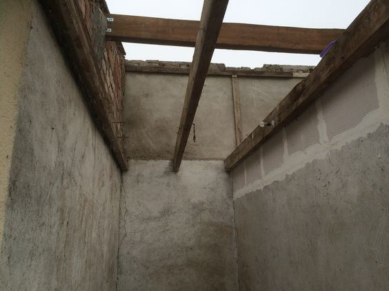 travaux-renovation-3-un-garage-en-studio-couverture-ravalement-mezzanine-peinture-plomberie-texas-batiment-min