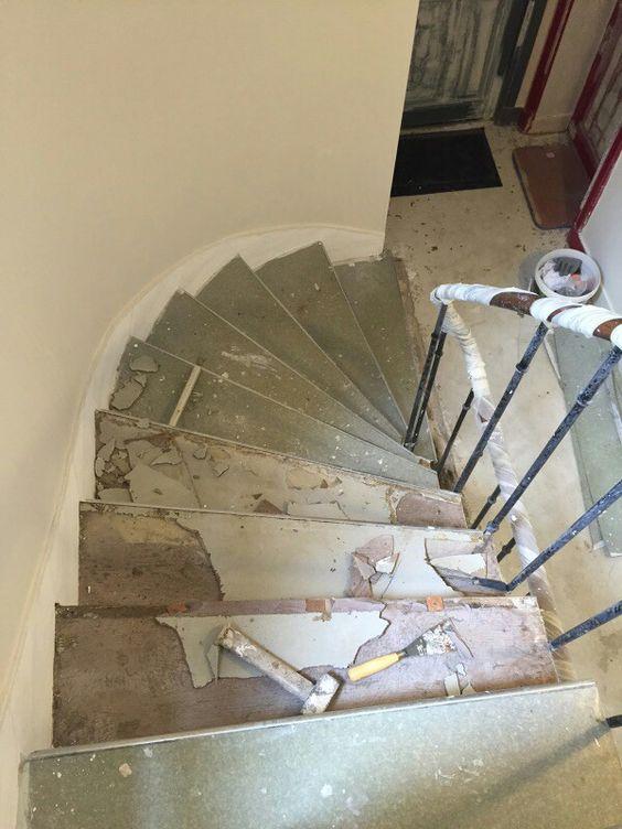 travaux-renovation-4-escalier-bois-peinture-immeuble-texas-batiment-min