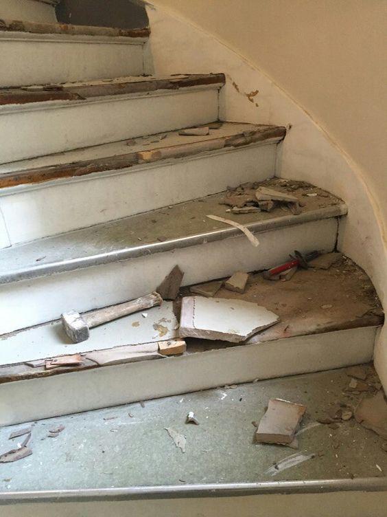 travaux-renovation-6-escalier-bois-peinture-immeuble-texas-batiment-min