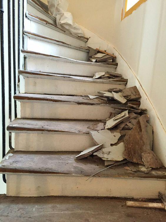 travaux-renovation-8-escalier-bois-peinture-immeuble-texas-batiment-min