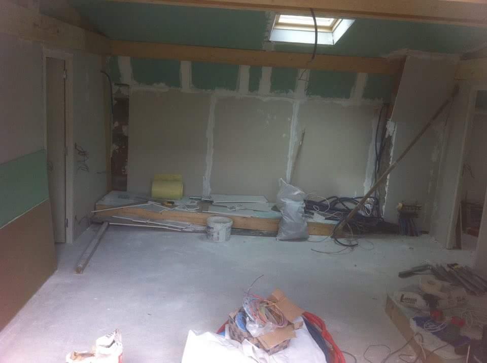 alforville-texas batiment-rge-renovation-travaux-interieur-acces-etage-excalier-plaquiste-peintur-menuiserie (3)-min