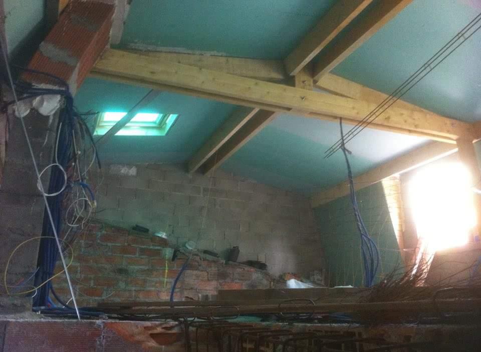alforville-travaux-interieur-3-texas-batiment-travaux-charpente-bois-doublage-min
