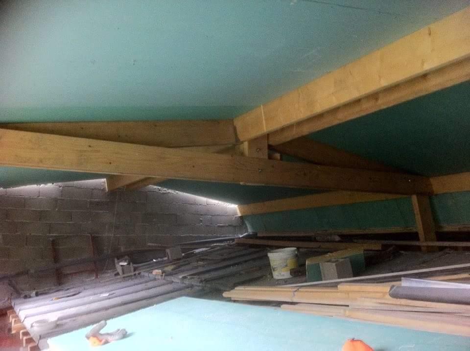 alforville-travaux-interieur-texas-batiment-rge-renovation-couverture-charpente-bois-doublage-x (2)-min