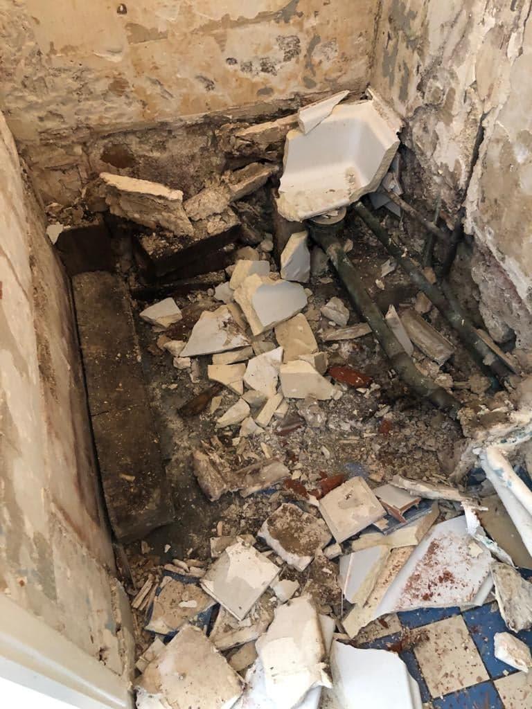 entreprise-general-texas-batiment-rge-travaux-de-renovation-salle de bain-plomberie-douche-wc-carrelage-peinture-3