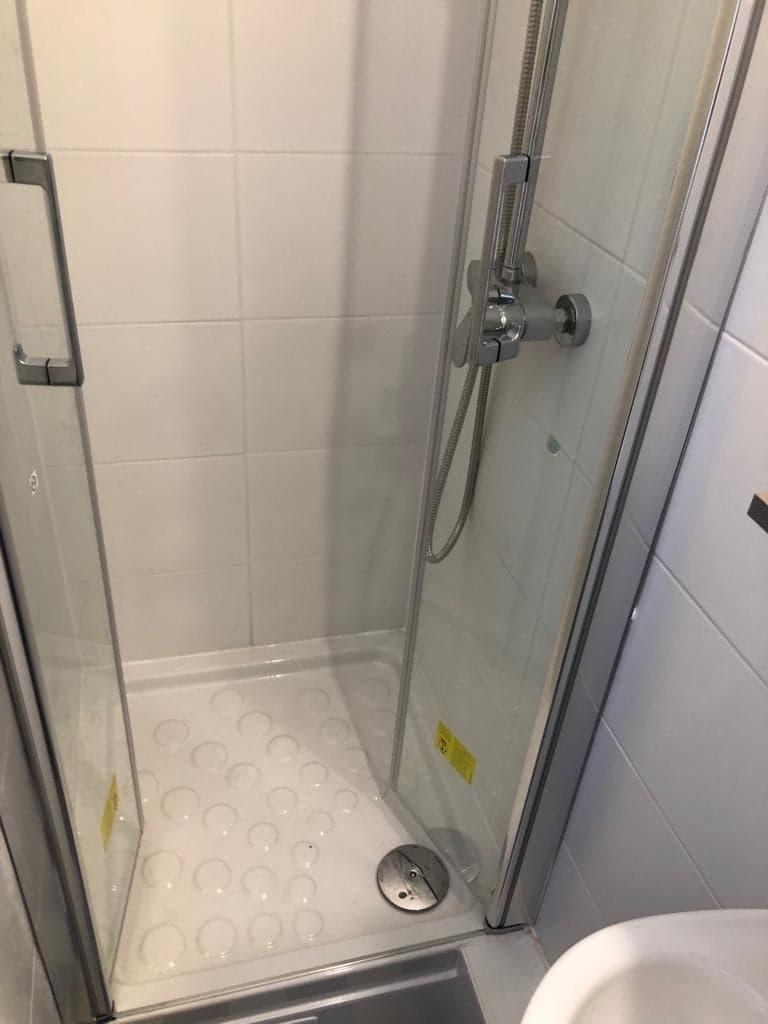 entreprise-general-texas-batiment-rge-travaux-de-renovation-salle de bain-plomberie-douche-wc-carrelage-peinture-6