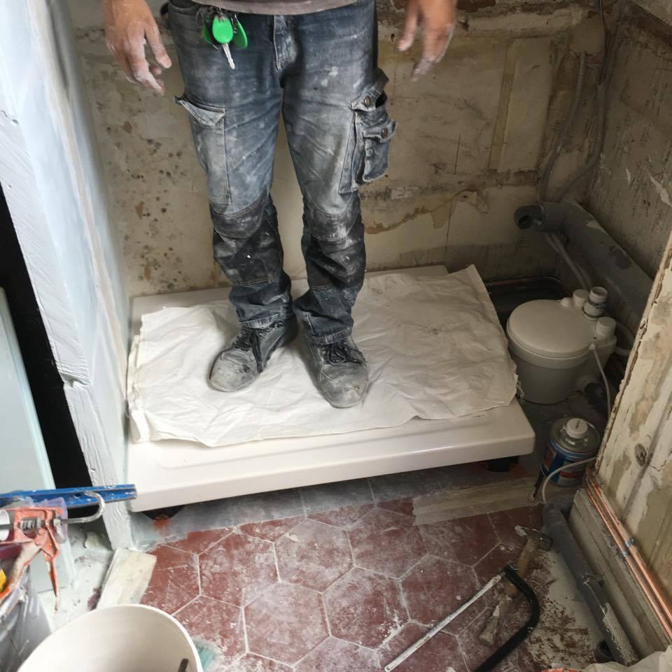 texas-batiment-rge-renovation-chambre-de-bonne-studio-paris-Maghawry-espace-douche-min-min