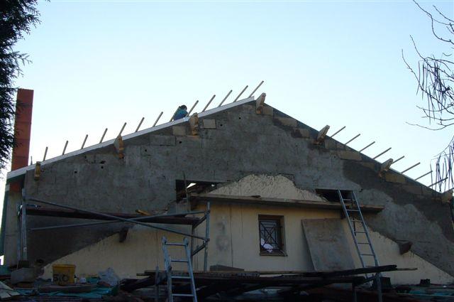 travaux-rehaussement-pavillon-12-agrandissement-couverture-charpente-toiture-tuile-texas-batiment-min