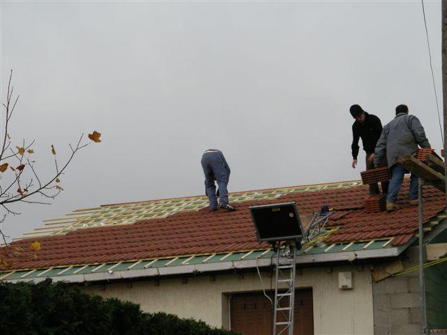 travaux-rehaussement-pavillon-15-agrandissement-couverture-charpente-toiture-tuile-texas-batiment-min