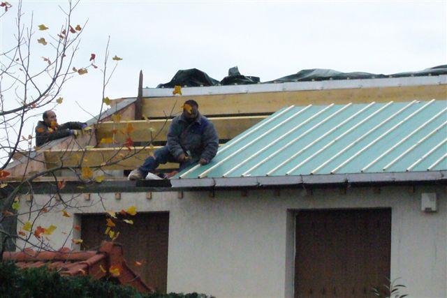 travaux-rehaussement-pavillon-6-agrandissement-couverture-charpente-toiture-tuile-texas-batiment-min