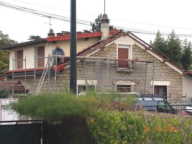 travaux-renovation-agrandissement-rehaussement-1.0-texas-batiment -min