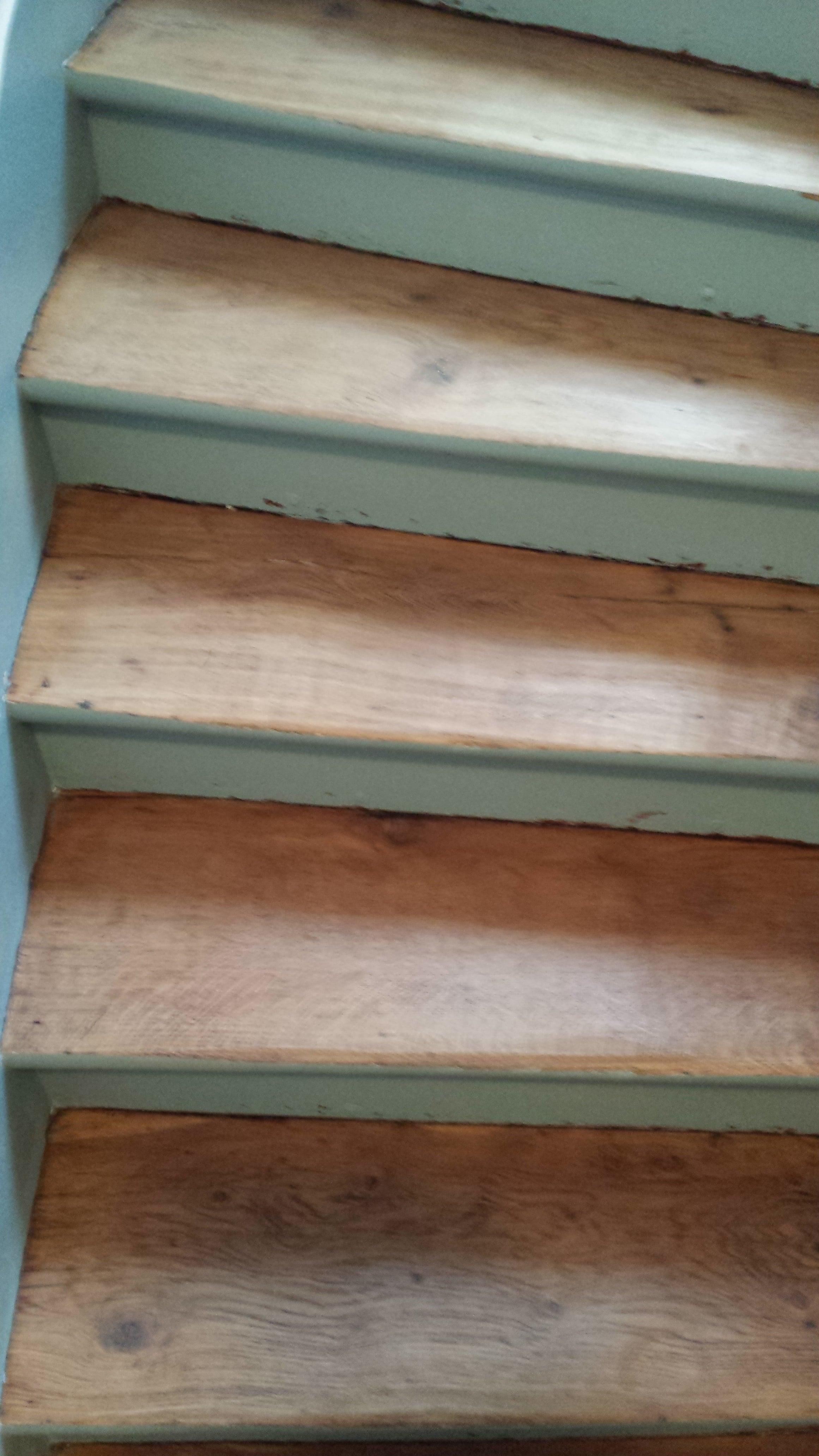 travaux-renovation-escalier-poncage-verni-immeuble-de-paris-2-texas-batiment-rge-min
