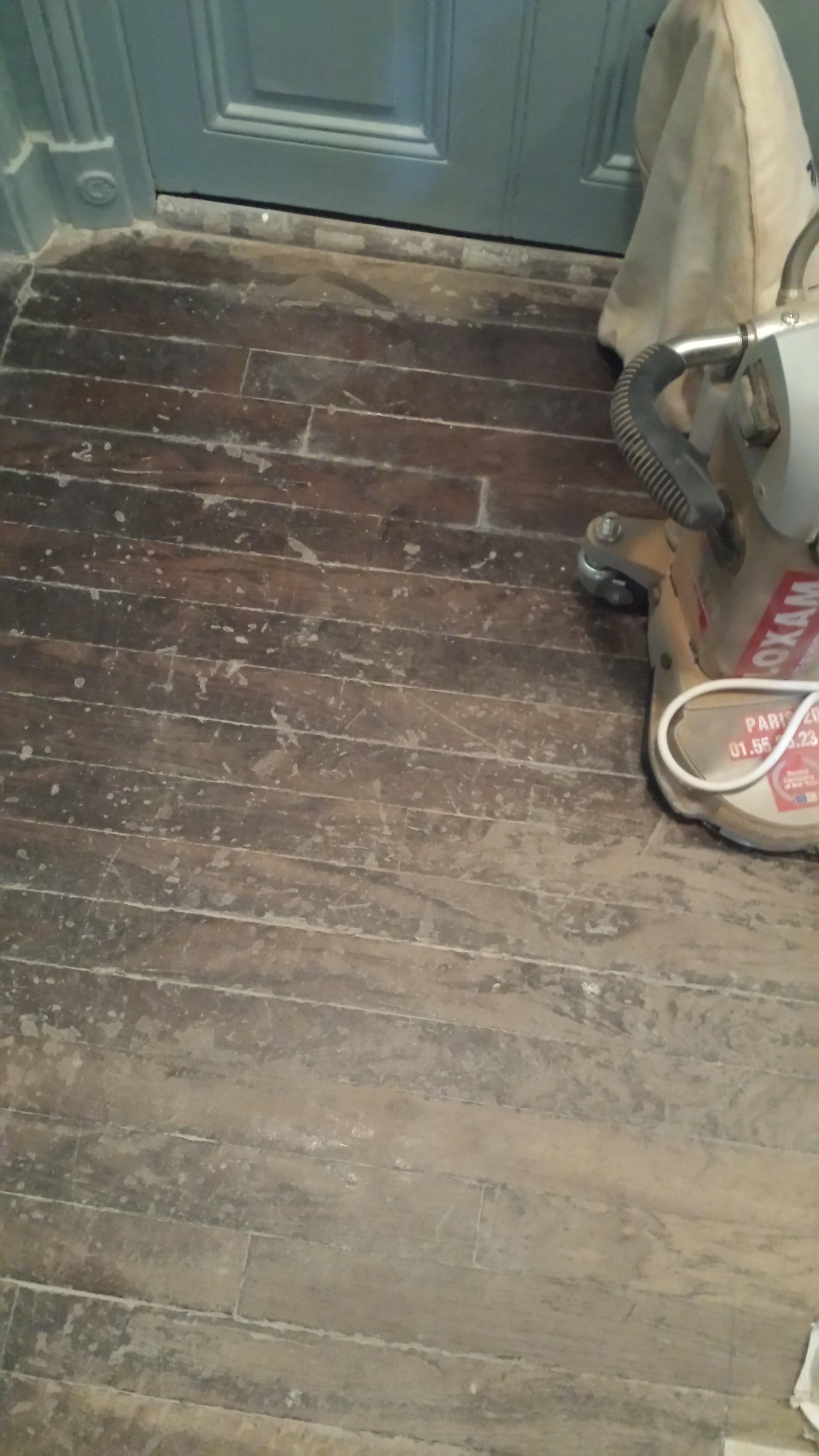 travaux-renovation-escalier-poncage-verni-immeuble-de-paris-5-plancher-texas-batiment-rge-min
