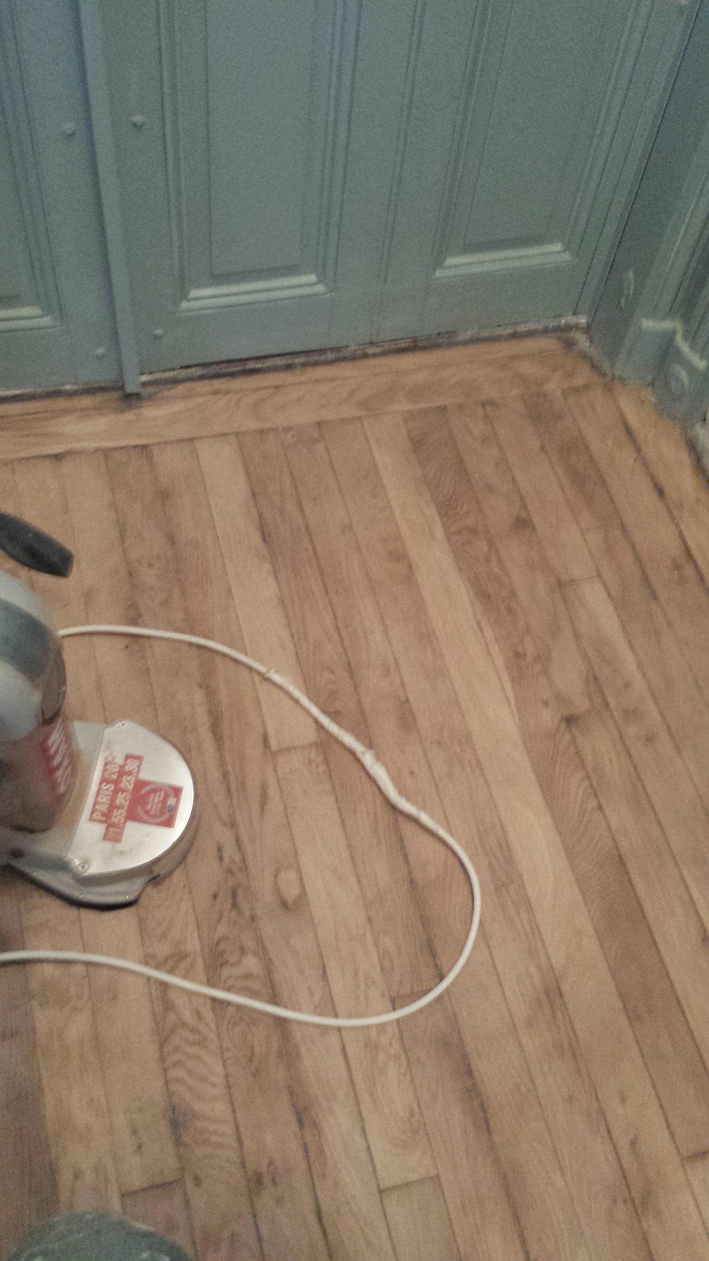 travaux-renovation-escalier-poncage-verni-immeuble-de-paris-6-plancher-texas-batiment-rge-min