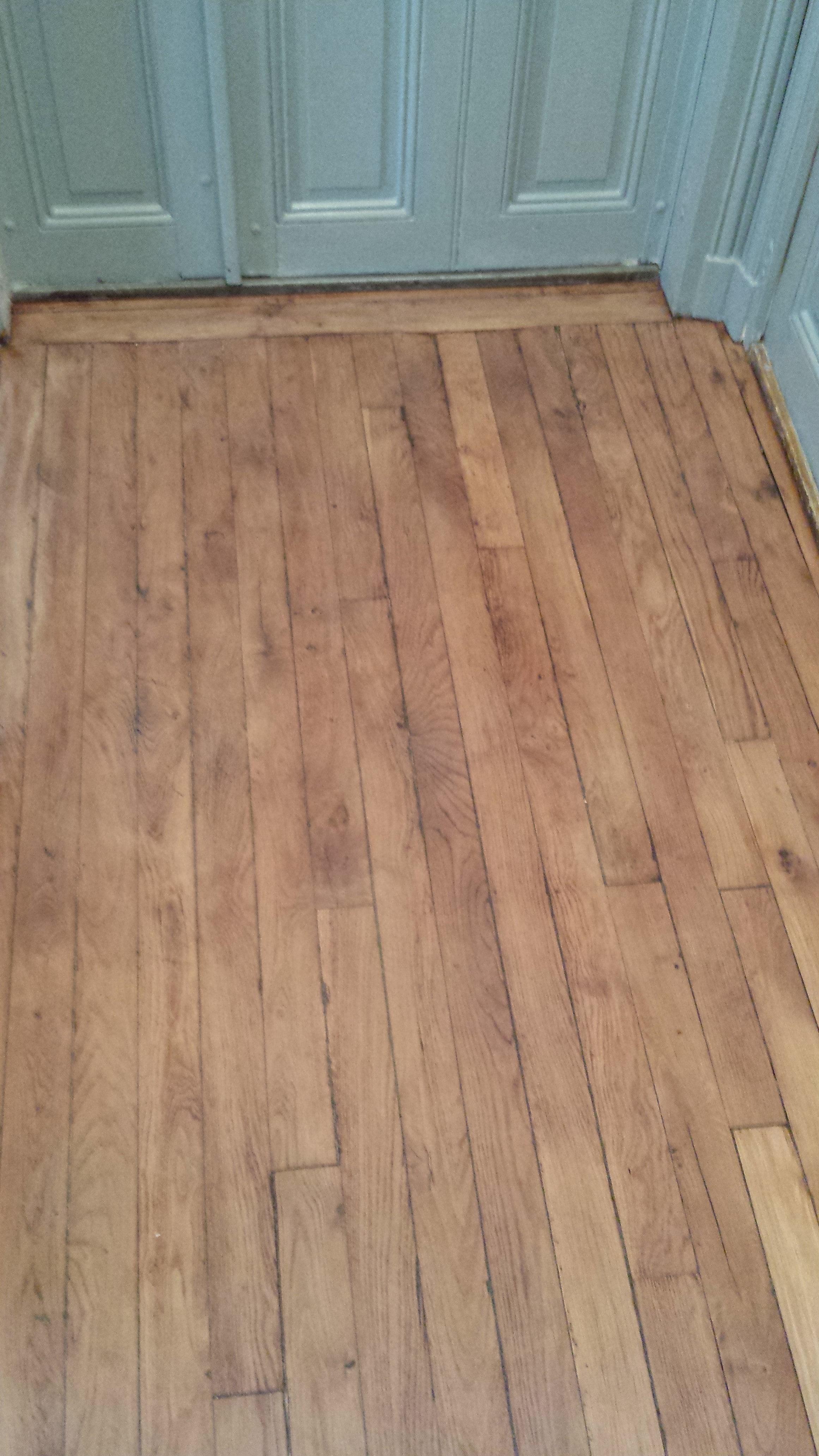 travaux-renovation-escalier-poncage-verni-immeuble-de-paris-8-plancher-texas-batiment-rge-min