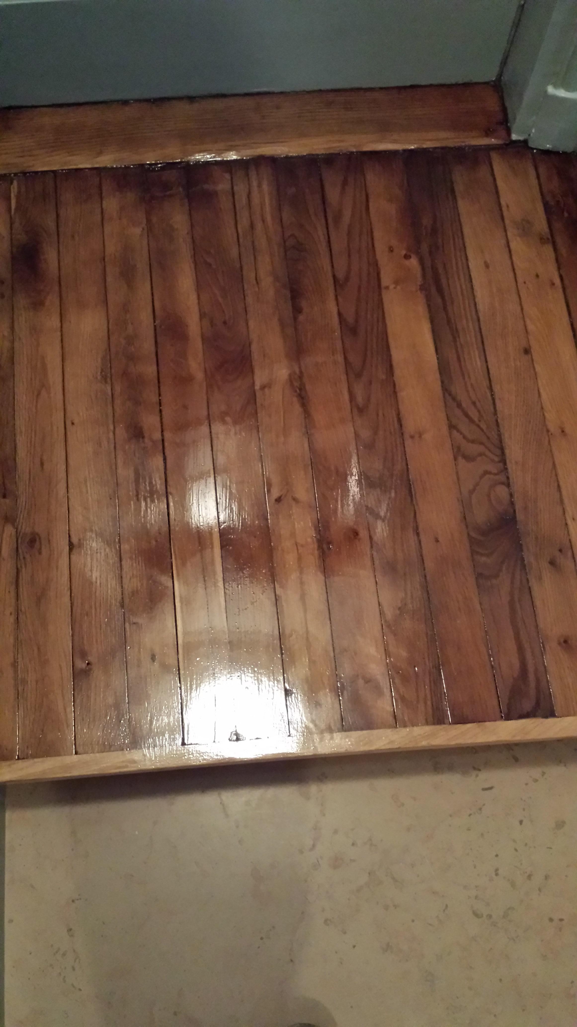 travaux-renovation-escalier-poncage-verni-immeuble-de-paris-9-plancher-texas-batiment-rge-min